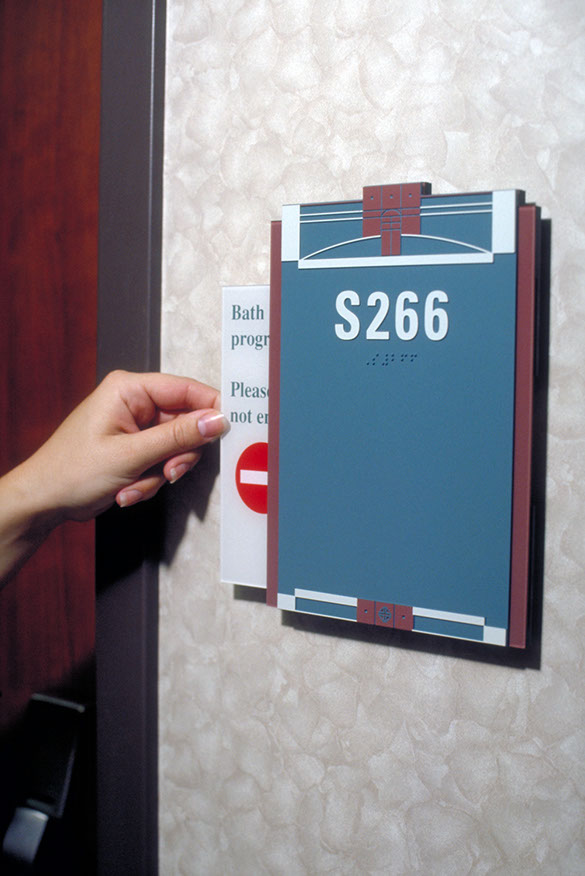 Wayfinding Signage Design Image SMH6. The Design Office of Steve Neumann and Friends, Houston, Texas, 713.629.7501