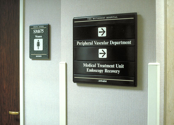 Wayfinding Signage Design Image MH14. The Design Office of Steve Neumann and Friends, Houston, Texas, 713.629.7501